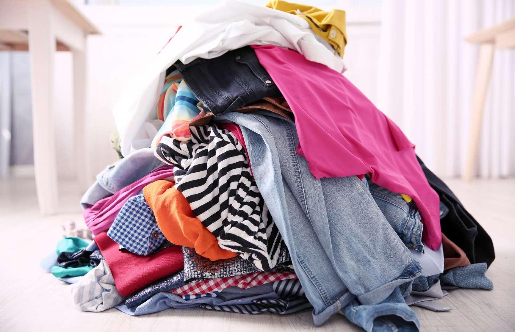 atouts de la vente en ligne de vêtements d'occasion